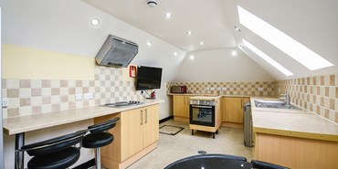 Flat 2, 169 Radford Road - Kitchen.jpg